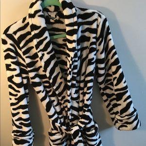 CHARTER CLUB Zebra print plush robe